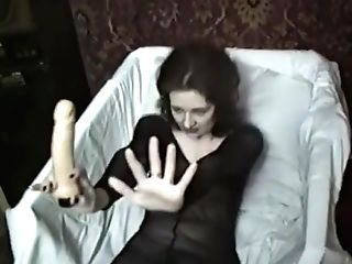 Russian Mummy Anna First-ever Nude Movie Part Two Have Fun With Electro-hitachi