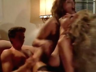 Vtg Ffm 3some T Picks Up Vp In Restaurant Back Room