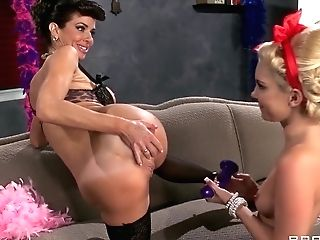 Hot And Mean: Antique Vixens. Aaliyah Love, Veronica Avluv